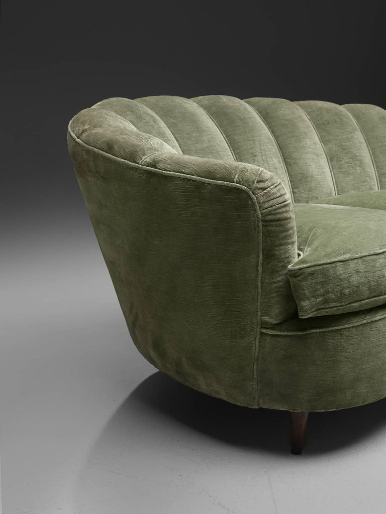 Large Green Velvet Midcentury Sofa In Good Condition For Sale In Waalwijk, NL
