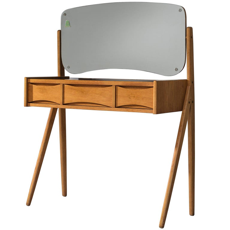 Arne Vodder Dressing Table in Oak