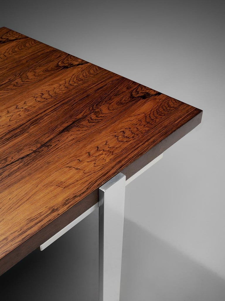 Modernist Dutch Rosewood and Polished Steel Coffee Table In Good Condition For Sale In Waalwijk, NL
