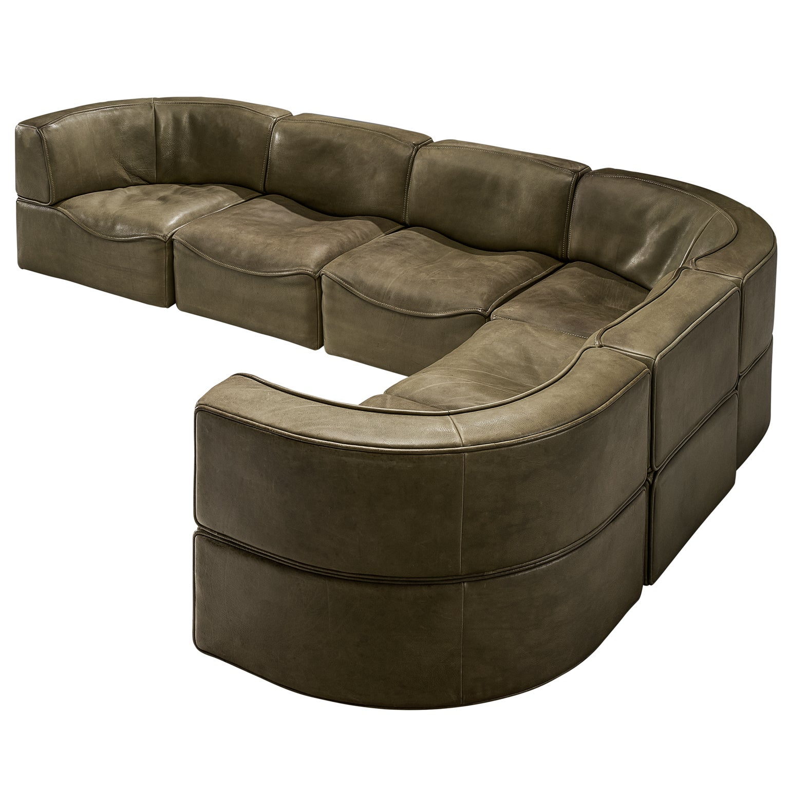 De Sede DS-15 Patinated Olive Green Sofa For Sale at 1stdibs