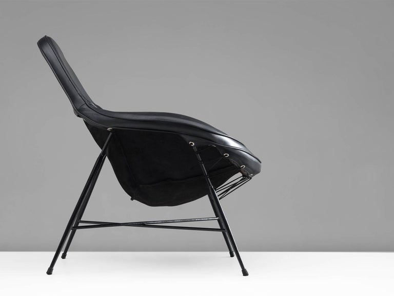 Martin Eisler Armchair in Steel and Leather In Excellent Condition For Sale In Waalwijk, NL