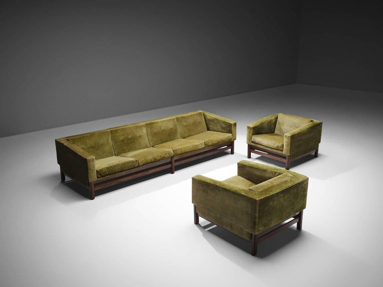 Saporiti, four-seat sofa with two lounge Chairs, green velvet and rosewood, Italy 1960's.   The sofa and chairs are designe order to give it that very distinguished long and low look. Loose cushions on seating and back. The tufted cushions give