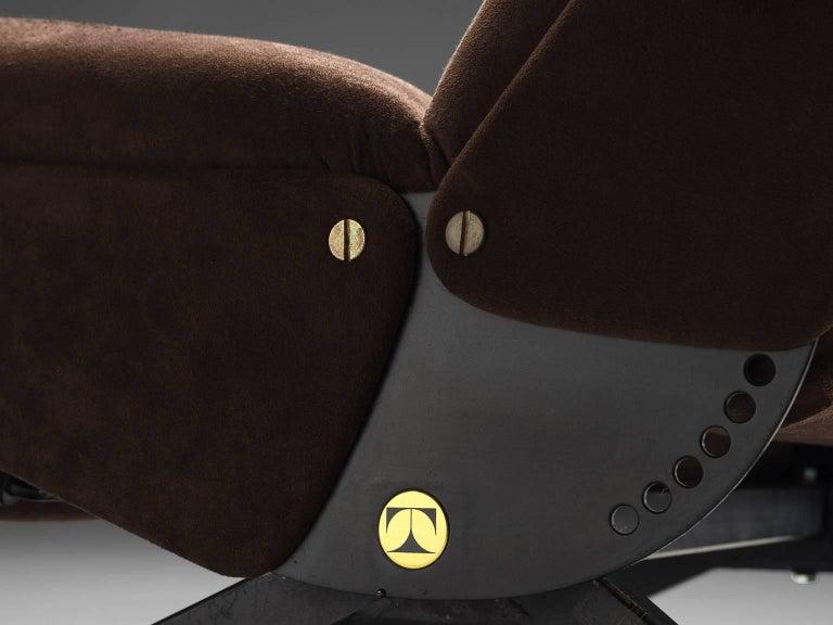Osvaldo Borsani for Tecno P40 Lounge Chair For Sale 1