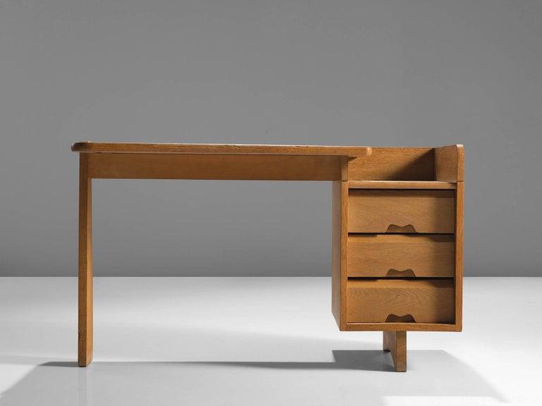 Mid-Century Modern Guillerme et Chambron Desk in Oak by France, 1960s For Sale