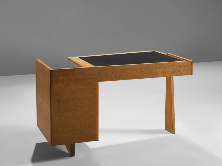 French Guillerme et Chambron Desk in Oak by France, 1960s For Sale