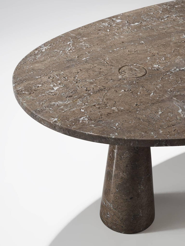 Angelo Mangiarotti Oval 'Eros' Marble Dining Table In Good Condition For Sale In Waalwijk, NL
