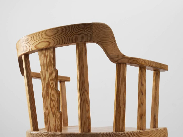 Mid-20th Century Set of Eight Dining Chairs in Pine For Sale