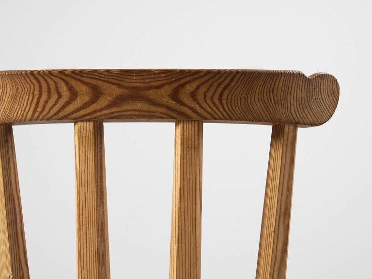 Set of Eight Dining Chairs in Pine For Sale 1
