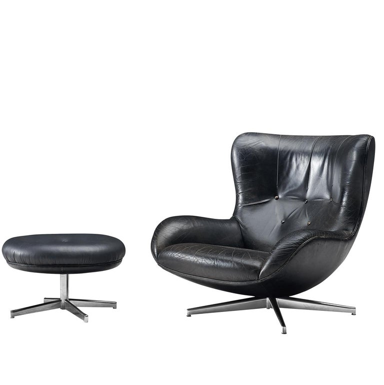 Illum Wikkelsø Swivel Leather Lounge Chair with Ottoman, 1960s