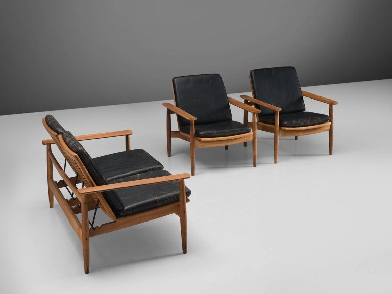 Johan Hagen Oak Armchairs in Original Leather For Sale 3