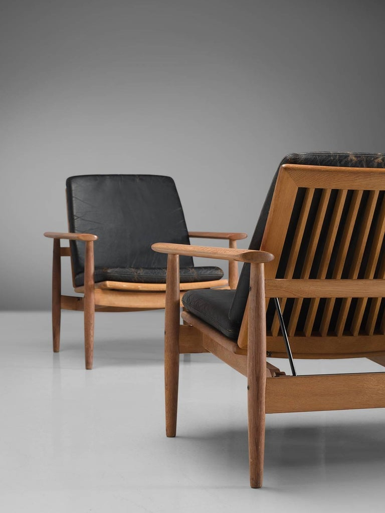 Johan Hagen Oak Armchairs in Original Leather For Sale 4
