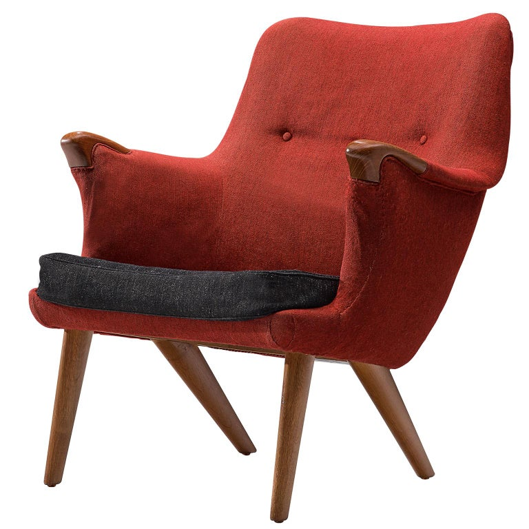 Danish Lounge Chair in Oak and Red Fabric, 1960s