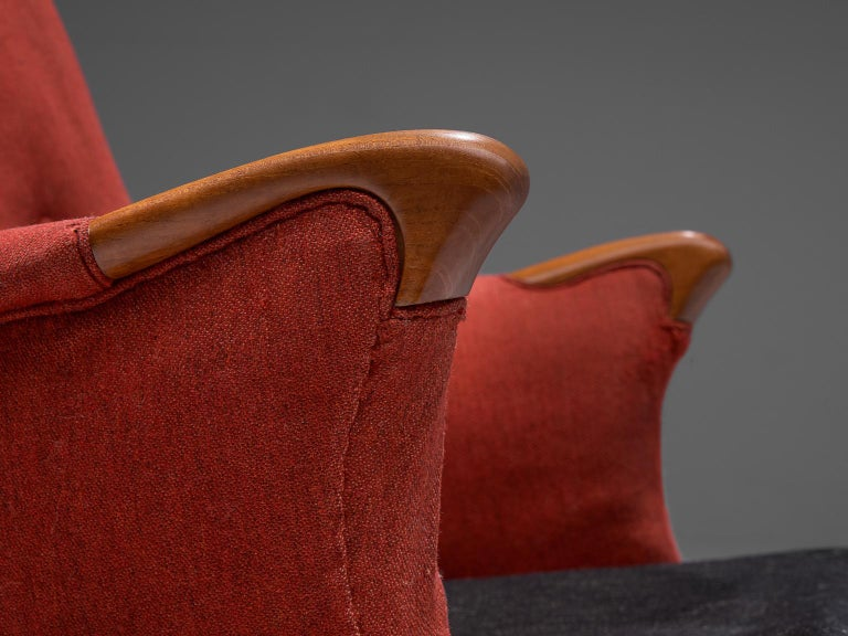 Mid-20th Century Danish Lounge Chair in Oak and Red Fabric, 1960s For Sale