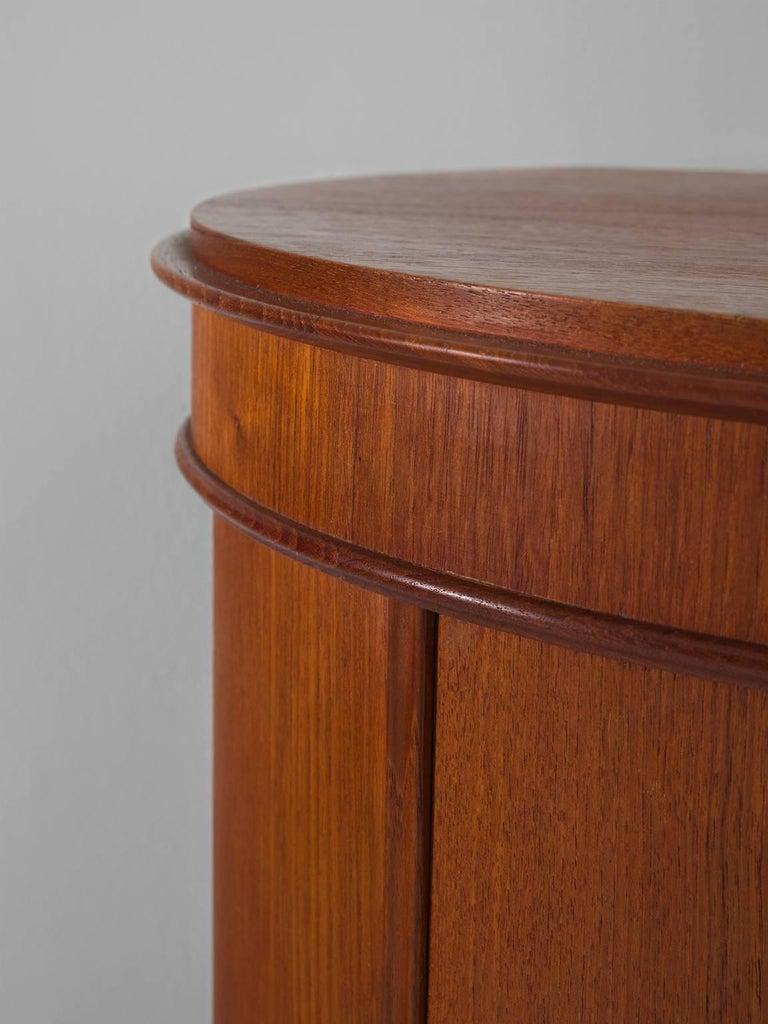Scandinavian Modern Curved Cabinet by Nexø Møbelfabrik For Sale