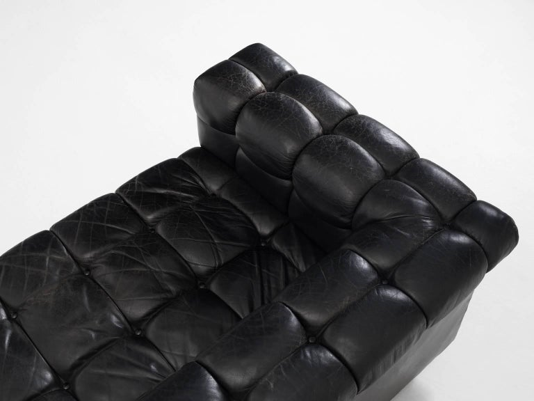 Edward Wormley Tufted Two-Seat Sofa in Black Leather In Good Condition For Sale In Waalwijk, NL