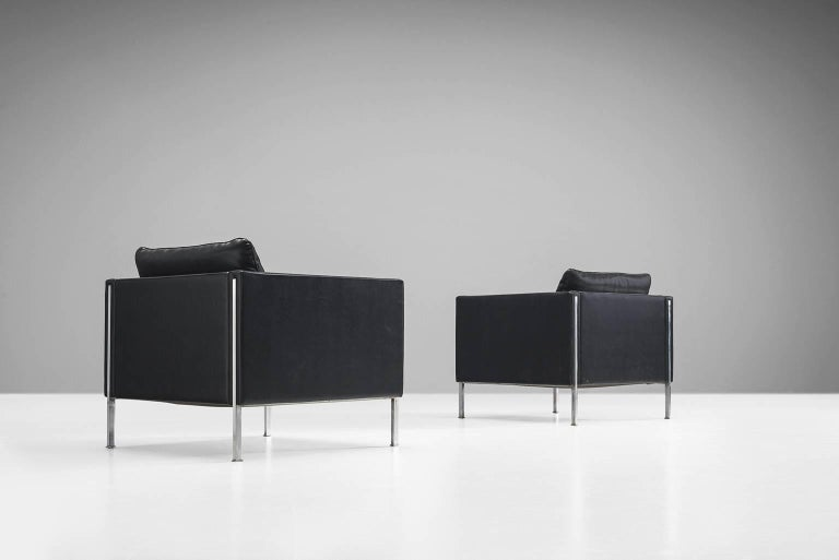 Chairs model '442/3', leather and steel by Pierre Paulin for Artifort, the Netherlands 1962.   These tufted comfortable chairs shows elegant steel details. The combination of steel and the optional black leather upholstery give these chairs their