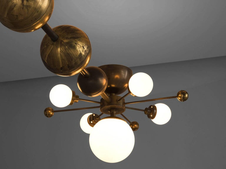 Large Sputnik Chandelier in Glass and Patinated Brass, circa 1960 In Good Condition For Sale In Waalwijk, NL