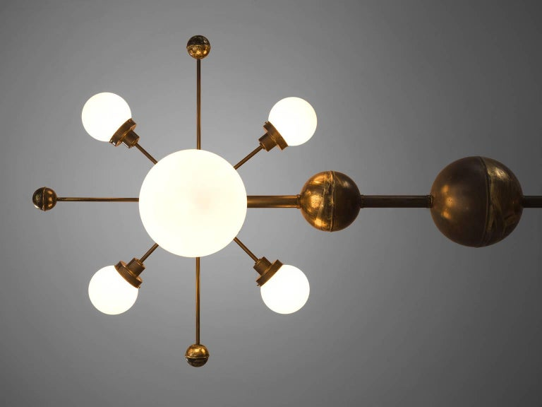 Large Sputnik Chandelier in Glass and Patinated Brass, circa 1960 For Sale 1