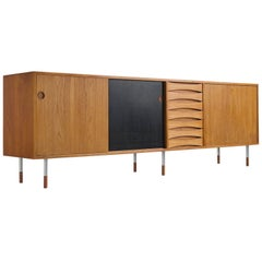 Arne Vodder 'Triennale' Teak Sideboard with Reversible Door