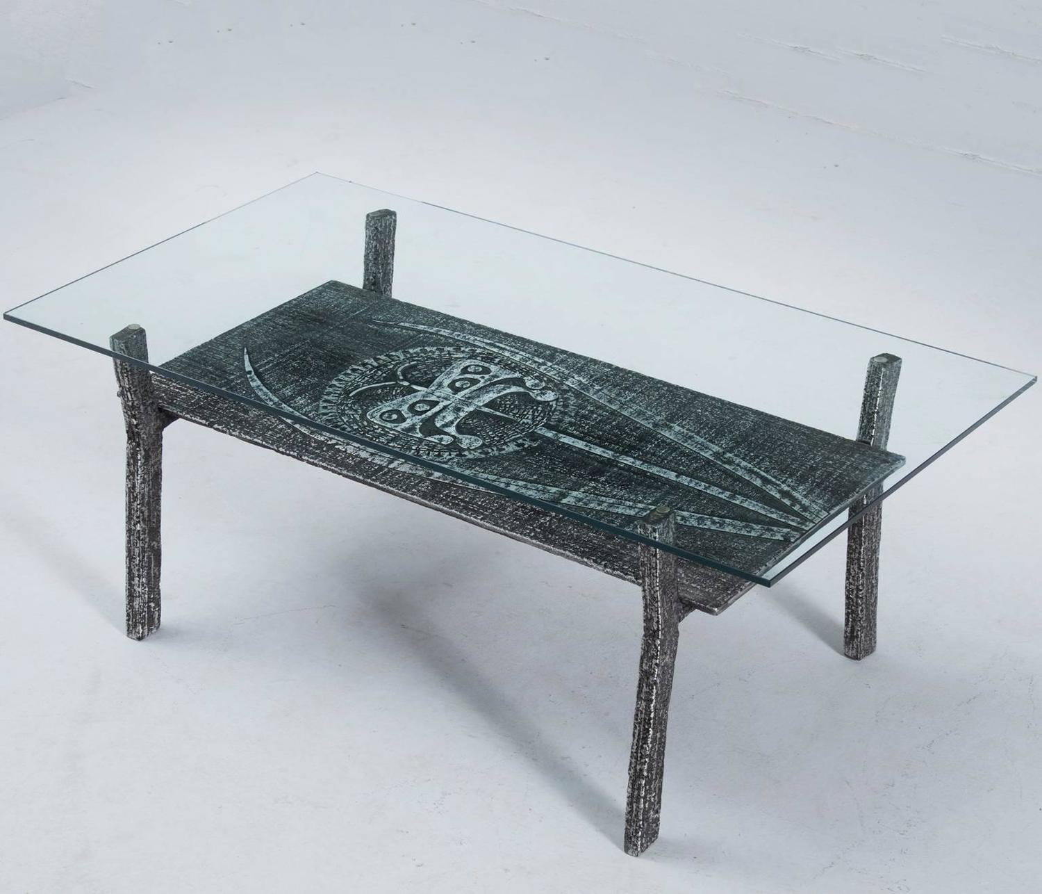Brutalist coffee table in cast iron and glass belgium for Cast iron table with glass top