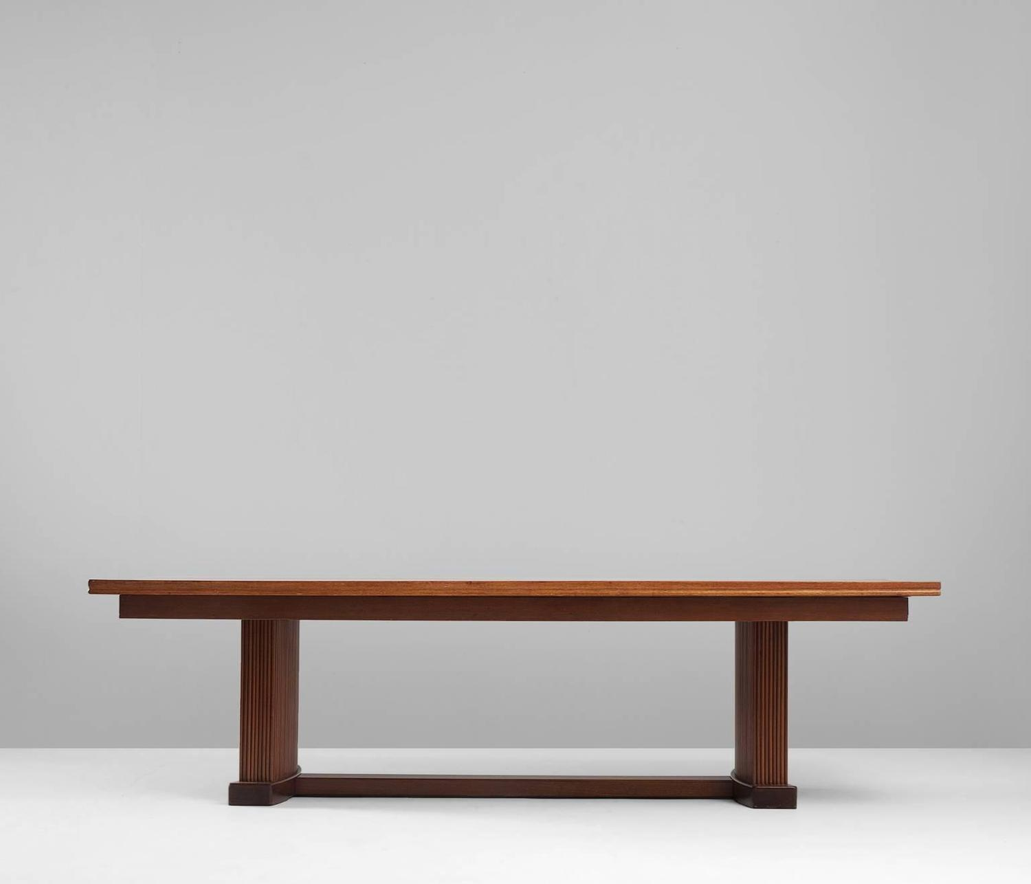 Large Mahogany Dining Table For Sale at 1stdibs : 3976item39651z from www.1stdibs.com size 1500 x 1286 jpeg 35kB
