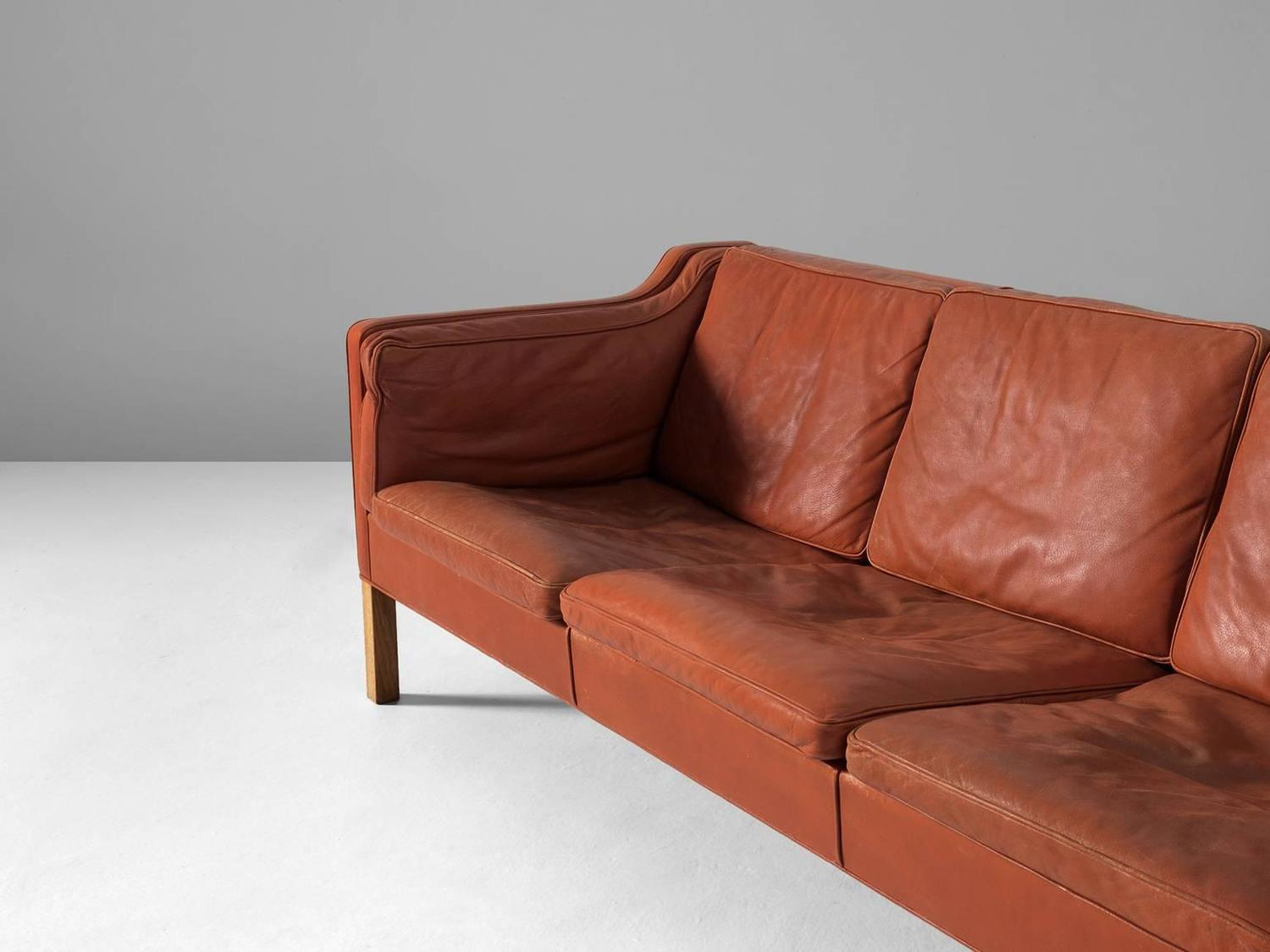 b rge mogensen 2213 sofa in cognac leather for sale at 1stdibs. Black Bedroom Furniture Sets. Home Design Ideas