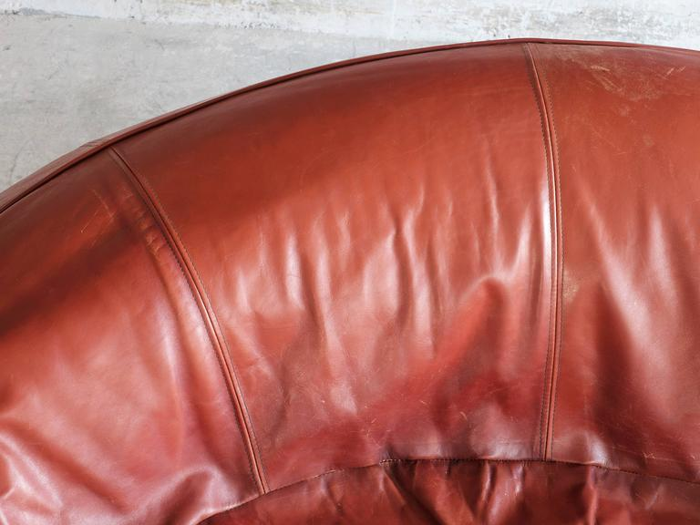Exceptional Set of Two Organic Shaped Sofa's in Patinated Leather  For Sale 1