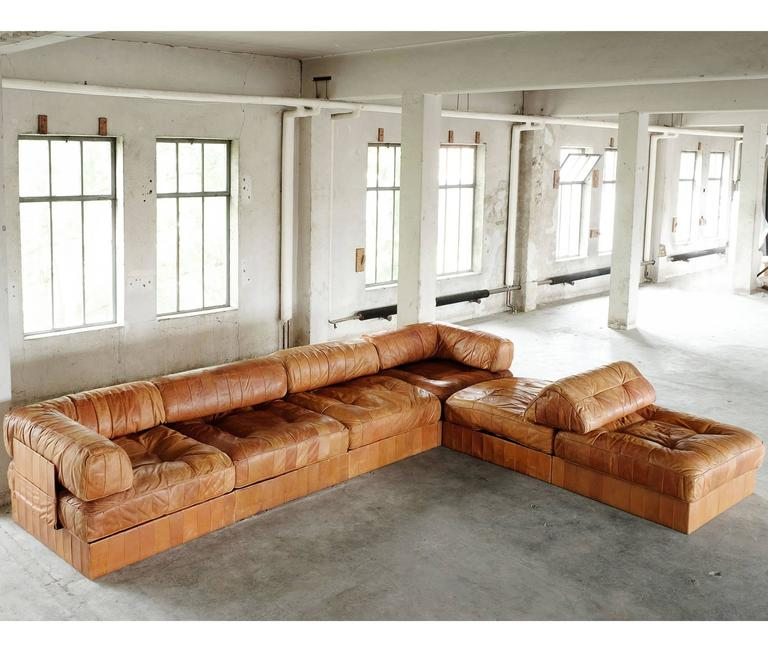 de sede ds88 sectional sofa in cognac leather for sale at 1stdibs. Black Bedroom Furniture Sets. Home Design Ideas