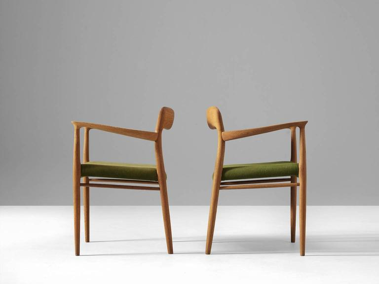 Niels O. Moller Set of four Dining Chairs in Oak and Green Fabric Upholstery In Good Condition For Sale In Waalwijk, NL