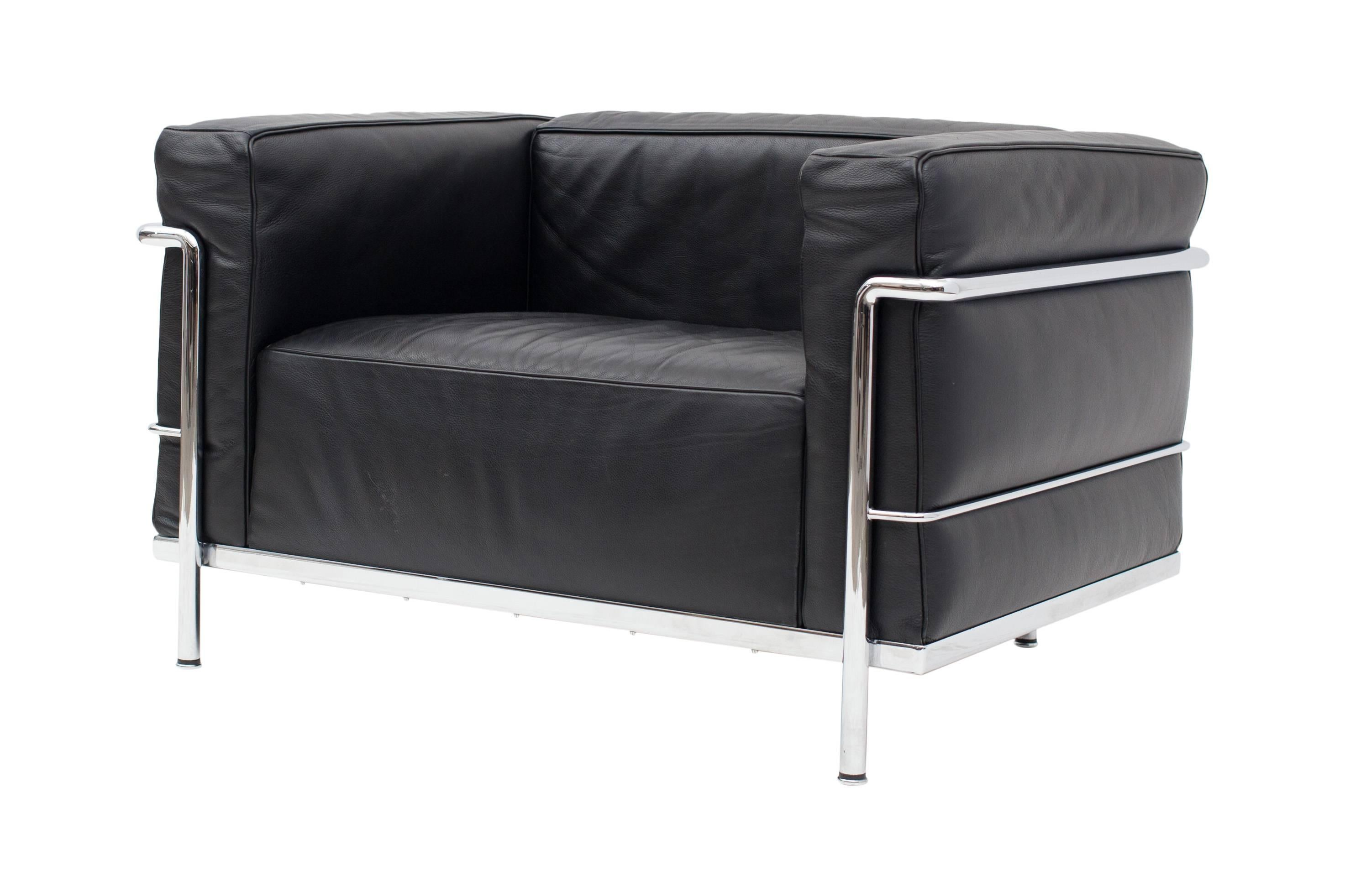 Le corbusier lc poltrona lounge chair black at stdibs