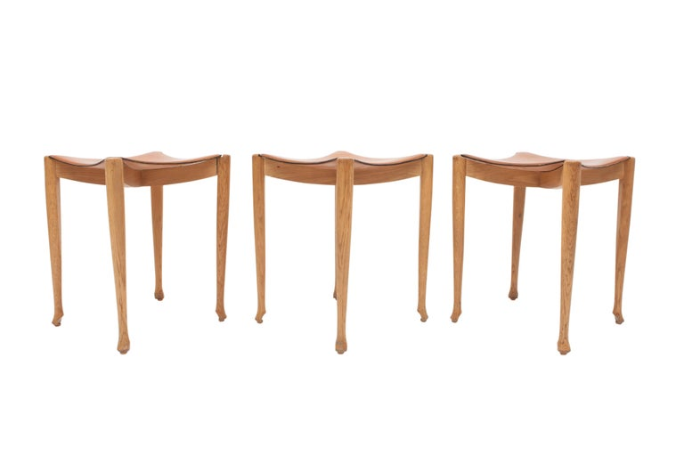 Oscar Tusquets 'Gaulino' Oak Chair and Ottoman In Good Condition For Sale In Antwerp, BE
