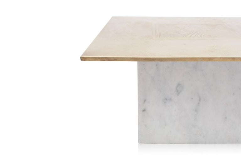 Late 20th Century Brass Etched Hollywood Regency Marble Side Table For Sale