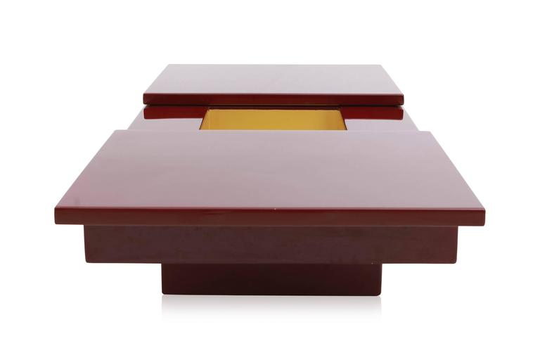 Red Lacquered Sliding Bar Coffee Table In Good Condition For Sale In Antwerp, BE