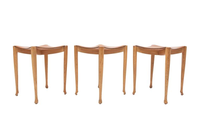 Oscar Tusquets Gaulino Oak Chair and Ottoman In Good Condition For Sale In Antwerp, BE