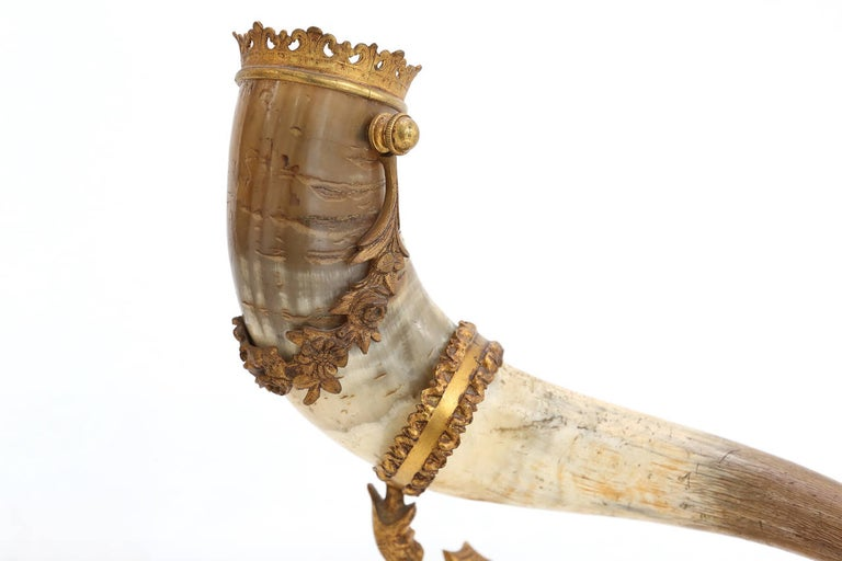 Mid-20th Century decorative antique pair of Mounted Horns For Sale