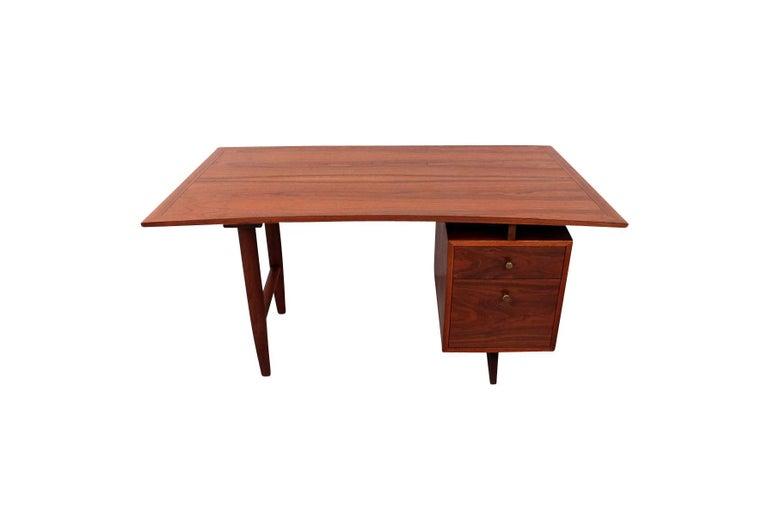 Mid-Century Modern George Nakashima Origins Desk For Sale