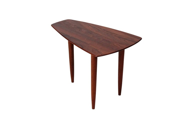 Pair of Walnut Side Tables by Ace-Hi For Sale 1