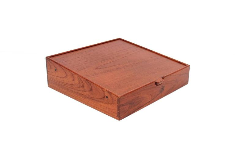 Scandinavian Modern Ejner Larsen and Aksel Bender Madsen for Willy Beck Jewelry Box For Sale
