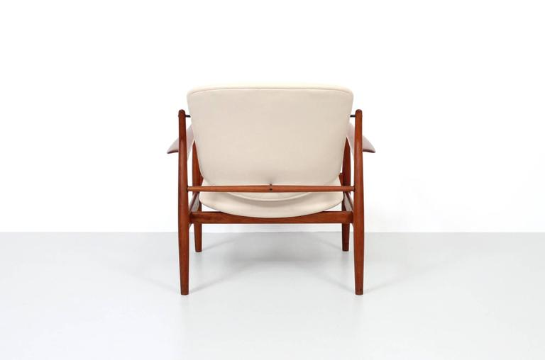 Danish Pair of Lounge Chairs by Finn Juhl For Sale