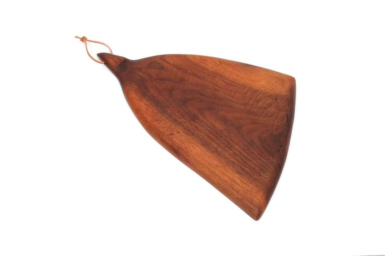Sculptural Walnut Cutting Board by Dirk Rosse In Excellent Condition For Sale In Belmont, MA
