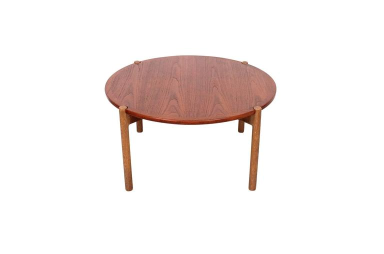 Scandinavian Modern Hans Wegner Coffee Table with Reversible Top For Sale