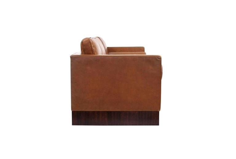 International Style Leather Sofa by Mies Van Der Rohe for Knoll For Sale