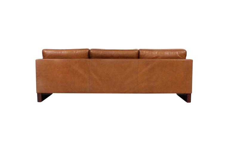 Leather Sofa by Mies Van Der Rohe for Knoll In Excellent Condition For Sale In Belmont, MA