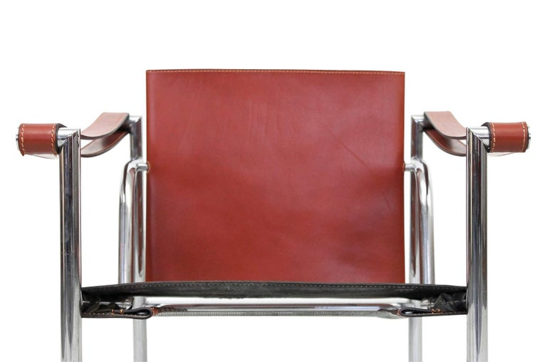 Pair of Le Corbusier LC1 Lounge Chairs for Cassina For Sale 1