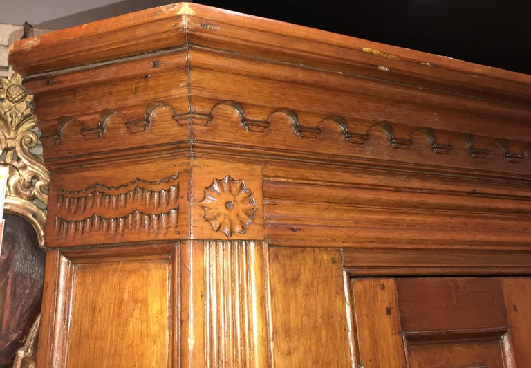 Hand-Carved Raised Panel Pine Four-Door Cupboard circa 1800 Probably Mid Atlantic States For Sale