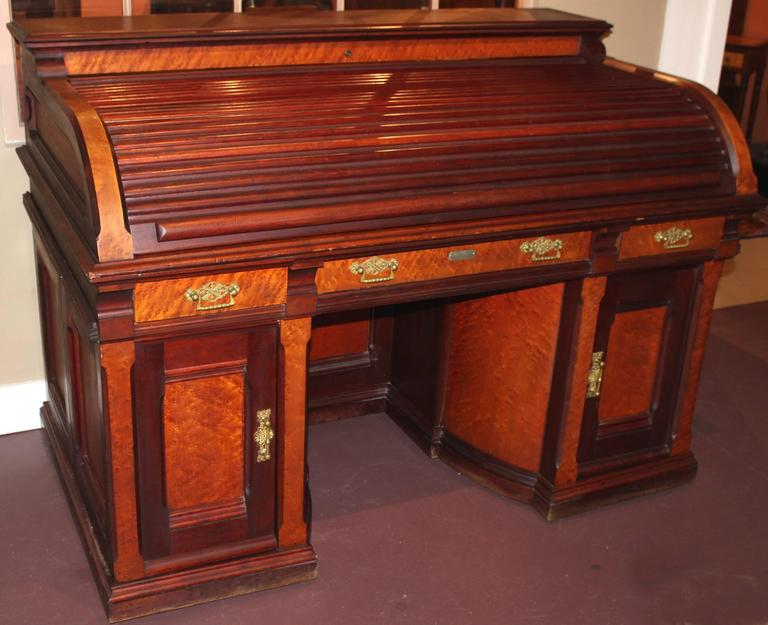Canadian Rare Wooten Style Roll Top Desk By D S Rickaby Quebec For