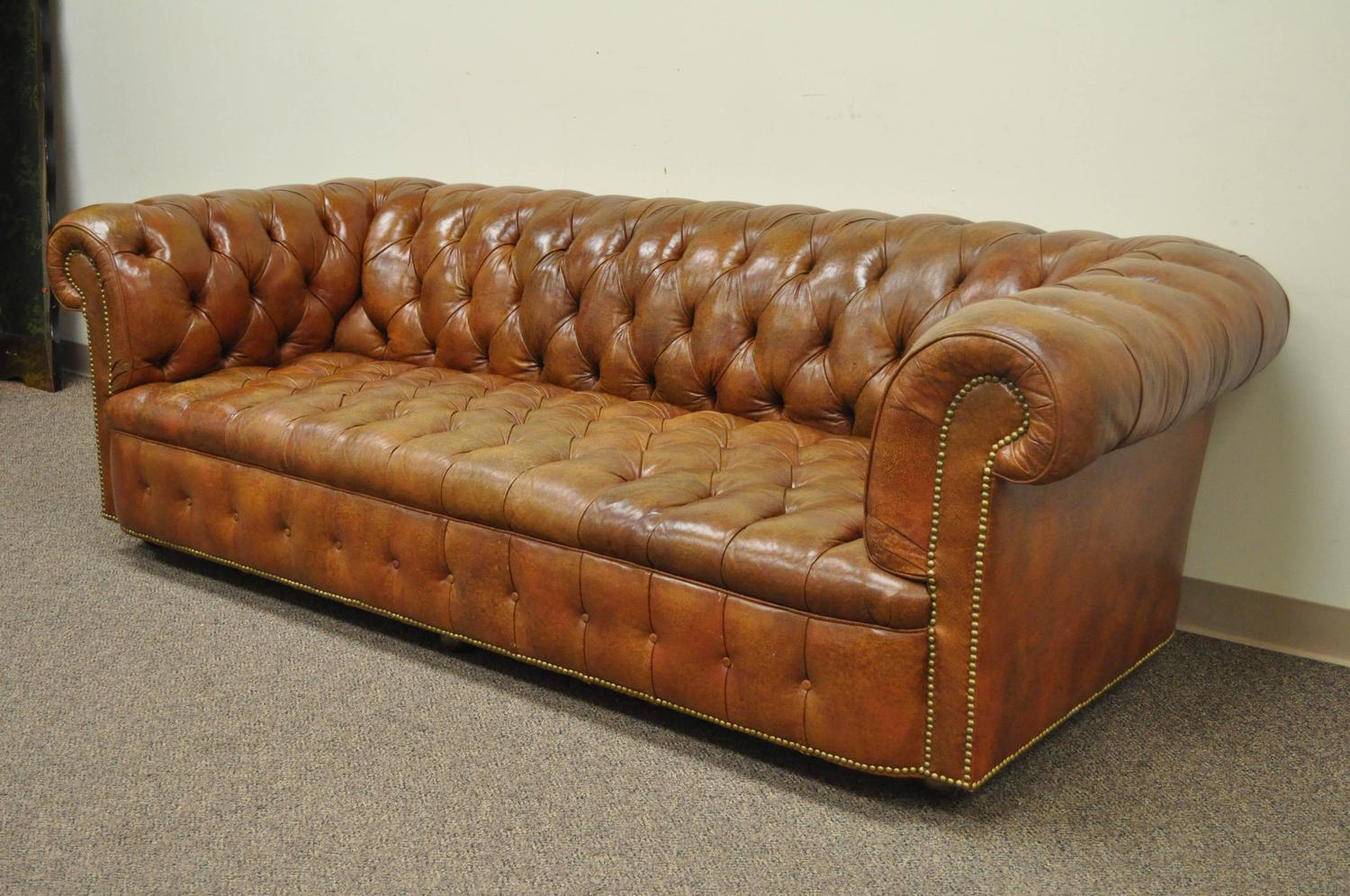Henredon Rolled Arm English Style Button Tufted Brown Leather Chesterfield Sofa For Sale Stdibs