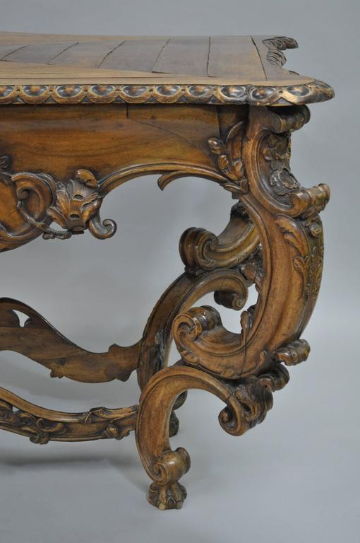 19th Century Italian Baroque Walnut Center Table in the French Louis XV Taste In Good Condition For Sale In Philadelphia, PA