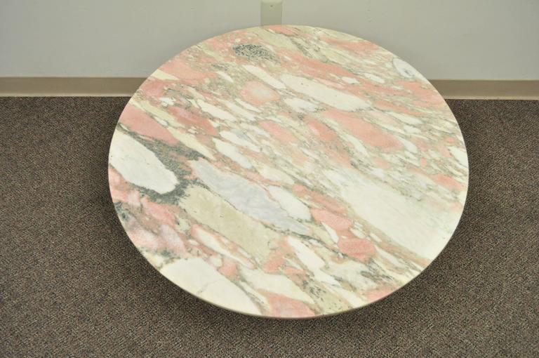 French Empire Neoclassical Cornucopia Base Round Pink Marble Top Coffee Table In Good Condition For Sale In Philadelphia, PA