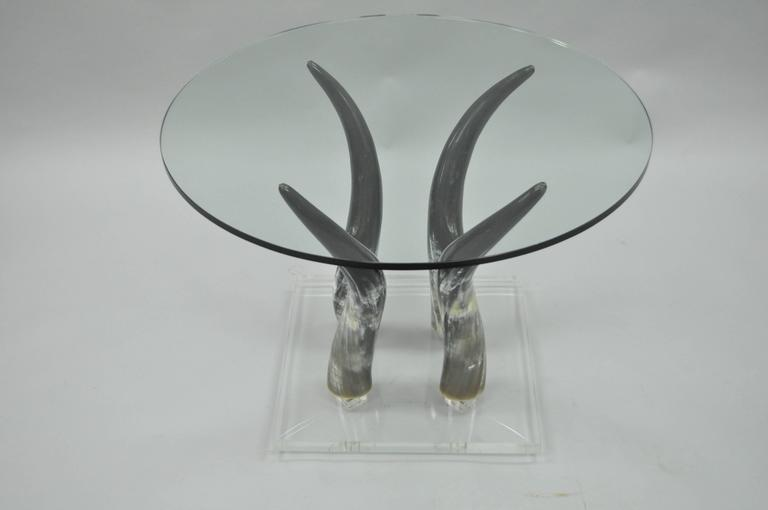 Mid Century Modern Chic Lucite and Horn Round Glass Occasional Side Table In Good Condition For Sale In Philadelphia, PA